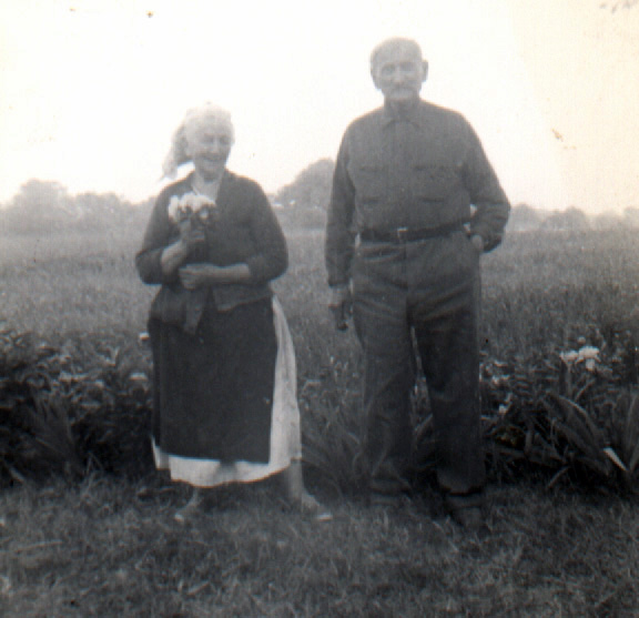 Esther Molnar Toth and Ferencz Toth