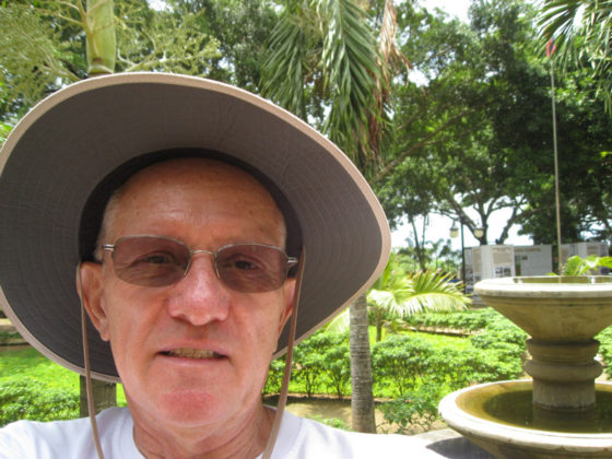 Ed trying his hand at a selfie. I think I need more practice and that extension stick. Plaza Cuartel, Palawan